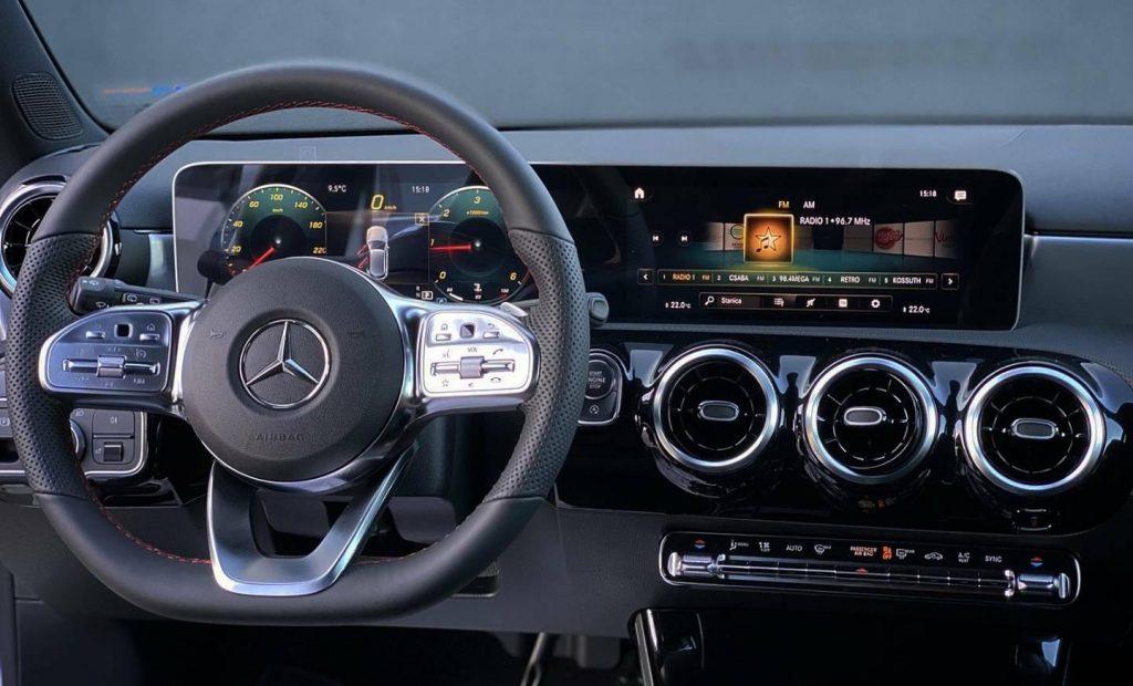 Mercedes-Benz A trieda 180d AMG line